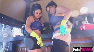 Sheila Ortega, Kesha Ortega In 2 Big Asses Into Teaming Up
