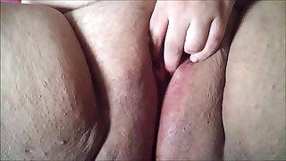 Big Fat Shaved BBW Amateur Pussy Closeup
