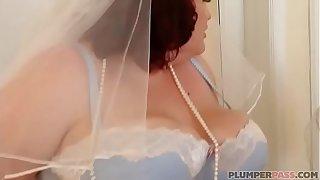 BBW Bride Eliza Allure Fucks Best Man's Friend