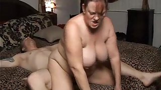 Beautiful mature BBW Brandy loves a big old facial cumshot