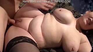 Lucky guy has fun with 2 chubby matures