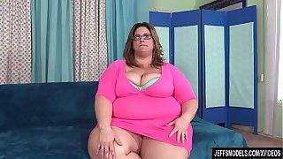 Sexy BBW Erin Green at Jeffs Models